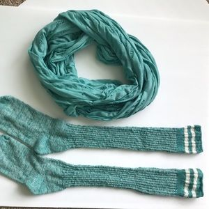 Accessories - Infinity scarf with matching boot socks